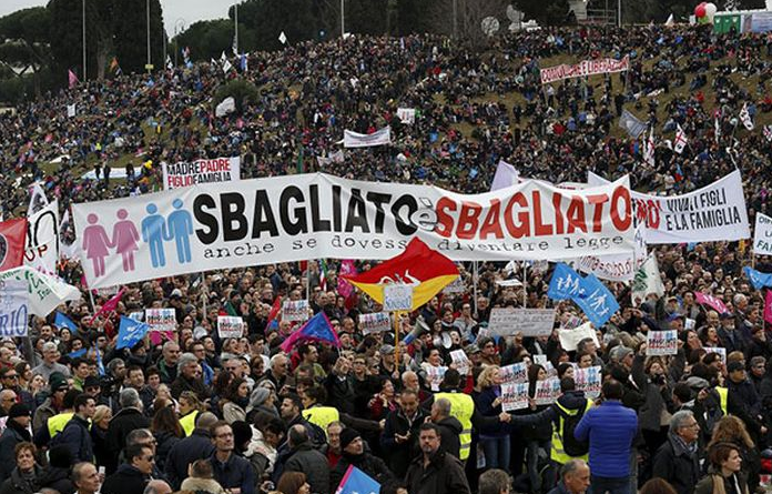 Итальянские прокуроры оспорили усыновление «гей-парой» двух детей