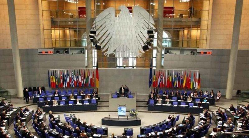 В Германии предложили сажать в тюрьму за лечение от гомосексуализма